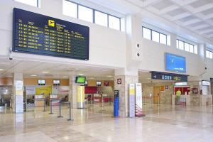 Interior del Aeropuerto Federico García Lorca Granada-Jaén.