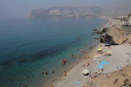 En Almuñécar la inversión en la puesta a punto de las playas ha alcanzado los 350.000 euros.