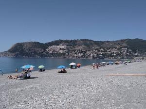 Playa de La Herradura el pasado 16 de mayo.