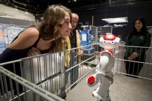 Uno de los robots que se pueden ver en la exposición.