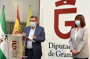 Presentación del programa de ayudas sociales.