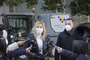 Pepa Rubia atiende a los periodistas este jueves.