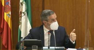 El consejero de Hacienda y Financiación Europea, Juan Bravo, en la comparecencia de este jueves.