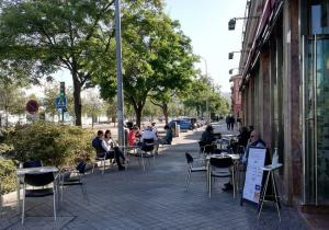 Más de 3.000 negocios de hostelería de Granada han pedido las ayudas.