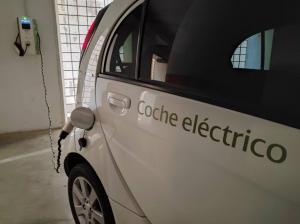 Las ayudas para un coche eléctrico pueden llegar a 7.000 euros.