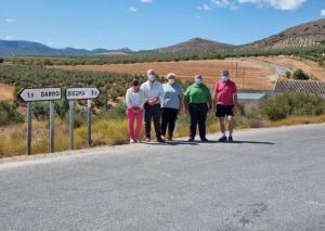 El diputado de Obras Públicas y Vivienda visita la carretera juntos a los alcaldes de los municipios.