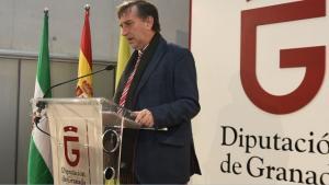 El diputado de Economía, Manuel Gómez.