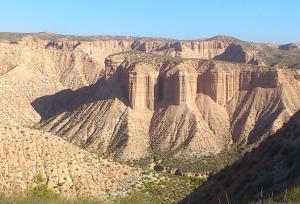 Badlands en el desierto de Los Coloraos de Gorafe.