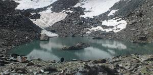 Laguna del corral del Veleta, la más alta de Sierra Nevada, hace unos días.