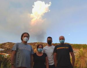 Los investigadores de la UGR trabajan ya en La Palma.