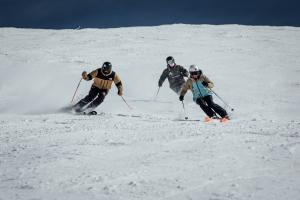 Esquiadores, esta temporada, en la estación de esquí.