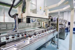 Línea de fabricación de las esponjas granadinas.