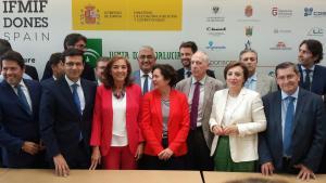 Representantes institucionales y empresariales, juntos por la candidatura de Granada.
