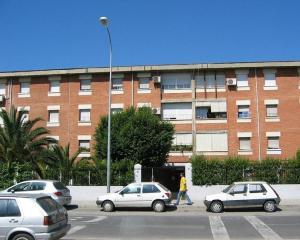 Uno de los edificios objetos de rehabilitación en Joaquina Eguaras.