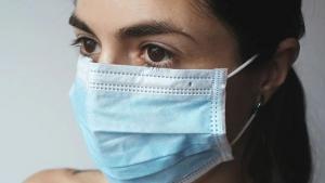 Reforzar las mucosas nasales añadiría una protección adicional a la mascarilla.