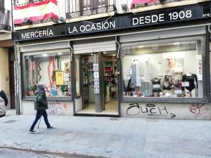 Comercio Andalucía lamenta que se equipare al pequeño comercio con grandes superficies.