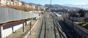 """Sin fecha para el AVE, que debe afrontar pruebas que se prolongarán """"bastantes meses"""", según Fomento, Granada encara los tres años de desconexión ferroviaria."""