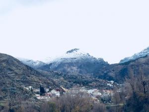 Vista de Monachil pueblo.