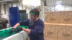 Plásticos Alber ha diseñado en tiempo récord el molde de plástico para las viseras.
