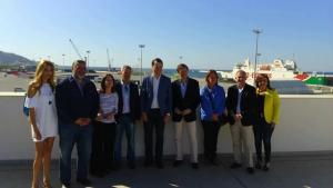 Rojas y Hernando con otros candidatos y cargos del PP.
