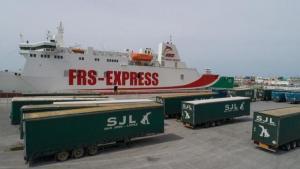 Imagen de archivo de la operativa en el Puerto de Motril.