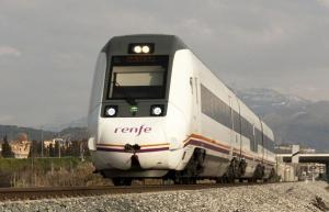 Tren que realiza el trayecto Granada-Almería.
