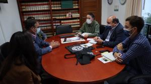 Reunión con el gobierno local de Güéjar Sierra.