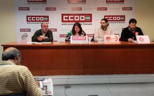 Sindicatos informan de la situación de Correos en Granada.