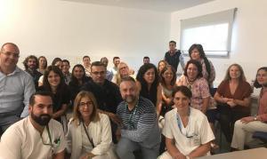 Sanitarios formados, junto a sus docentes del Virgen de las Nieves.