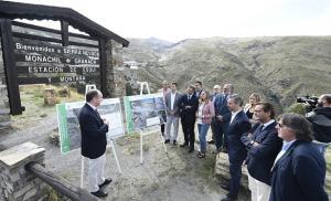 Explicación de las obras al pie de Sierra Nevada.