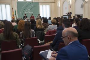 Sesión informativa sobre el programa para los municipios.