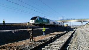 El tren laboratorio que probaba el trazado, en una imagen de archivo a su paso por Tocón.