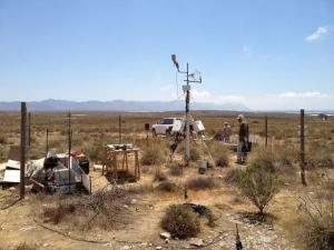 Trabajo de campo de los investigadores en Amoladeras, Almería.