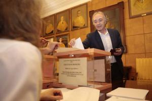 Sánchez-Montesinos ha votado en la Facultad de Farmacia.