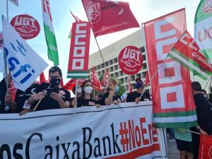 Una de las protestas por el ERE en CaixaBank.
