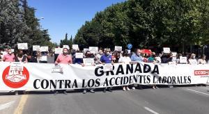 Concentración sindical por la muerte de un camionero durante su jornada laboral.