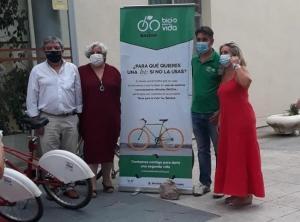 Entrega de las bicicletas a la Residencia Rodríguez Penalva.
