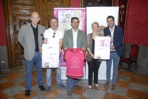El alcalde ha presentado la iniciativa de la Asociación Granadina de Lucha contra el Cáncer.