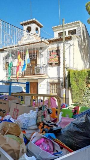 La gran recogida se hizo en todos los centros escolares y escuelas infantiles del municipio.
