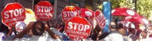 Imagen de una de las protestas de Stop Desahucios Granada.