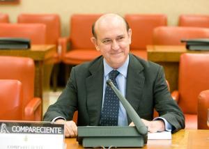 Andrés Ollero en la Comisión de Nombramientos en 2012, como candidato entonces a ingresar en el TC.