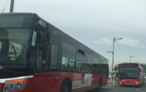 Autobuses urbanos por el PTS.