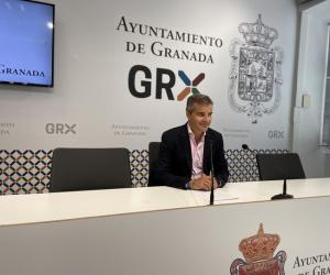 César Díaz en rueda de prensa.