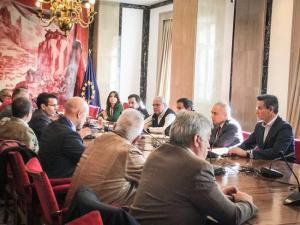 Reunión de la Mesa del Ferrocarril con la Comisión de Fomento.