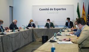 Imagen de archivo de una reunión del comité territorial de alerta presidida por Juan Manuel Moreno.