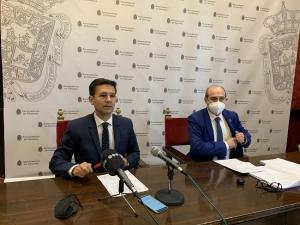 Francisco Cuenca y José María Corpas, en rueda de prensa.