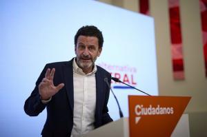 El vicesecretario general de Ciudadanos y portavoz adjunto en el Congreso, Edmundo Bal, durante una rueda de prensa en la sede nacional del partido.