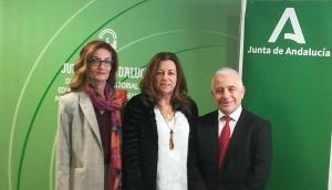 De izquierda a derecha, Ana Berrocal, Carmen Castillo y José Antonio Funes.