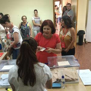 Elvira Ramón ha votado en la Casa de la Cultura de Molvízar.
