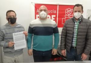 Los socialistas paduleños denuncian que la Junta no atiende las reclamaciones del municipio.